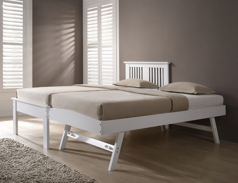 the best attitude ac5b6 018db Halkyn White Guest Bed