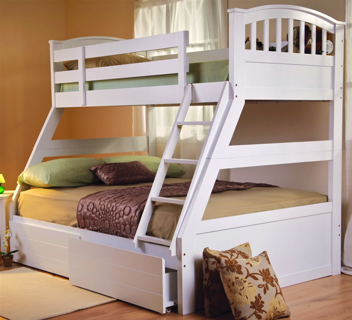 white triple bunk bed sweet dreams epsom the home and office stores. Black Bedroom Furniture Sets. Home Design Ideas